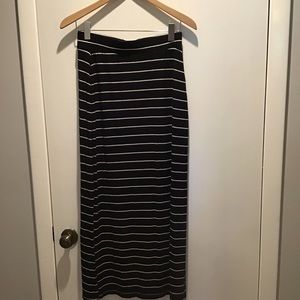 Old Navy Knit Skirt